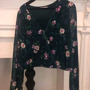 Floral top like new